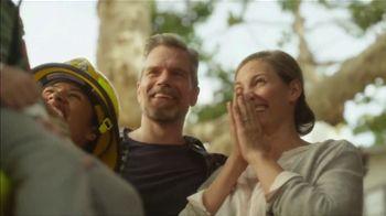 Subaru Share the Love Event TV Spot, 'Becoming a Hero' [T1] - Thumbnail 6