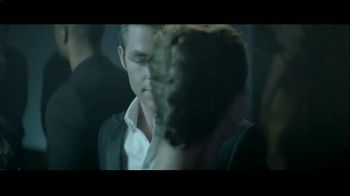 Giorgio Armani Code TV Spot, 'The After-Party' Featuring Chris Pine - Thumbnail 7