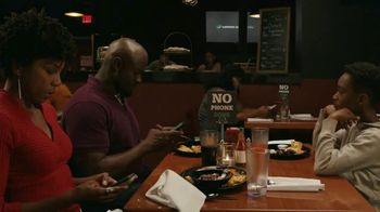 Common Sense Media TV Spot, 'Device-Free Dinner: Hot Sauce' Featuring Marshawn Lynch - Thumbnail 1