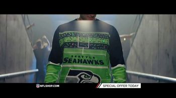 NFL Shop TV Spot, 'Holidays: Lighted Sweaters' - Thumbnail 4