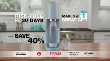 SodaStream TV Spot, 'How To Quit Sugary Soda With a Few Pfff & Psss: Great Gift' - Thumbnail 10