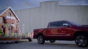 Ram Trucks Black Friday Sales Event TV Spot, 'Holidays: Gingerbuilders' Song by Gwen Stefani [T2] - Thumbnail 7