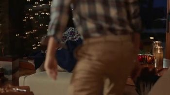 IZOD Sweater TV Spot, 'Holidays: Sweater of the Future' Featuring Colin Jost, Aaron Rodgers - Thumbnail 8