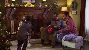 Scheels TV Spot, 'Holidays: Shake It Up This Christmas' - Thumbnail 2