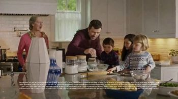 ADT TV Spot, 'Holiday Catering Service' - Thumbnail 7