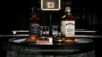 Jack Daniel's Tennessee Honey TV Spot, 'Rings' - Thumbnail 9