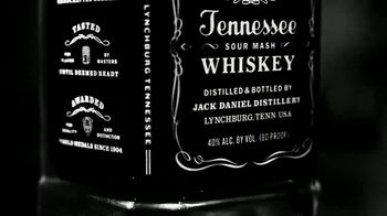 Jack Daniel's Tennessee Honey TV Spot, 'Rings' - Thumbnail 4