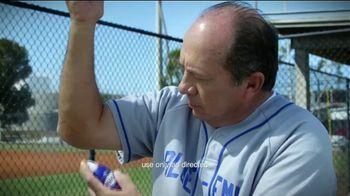 Blue-Emu Pain Relief Spray TV Spot, 'Home Run' Featuring Johnny Bench - Thumbnail 3