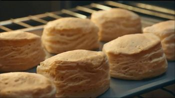 Pillsbury Grands! Southern Homestyle Biscuits TV Spot, 'Wide Eyes' - Thumbnail 6