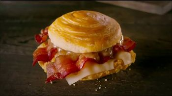 Wendy's Bacon Maple Chicken Sandwich TV Spot, 'National Maple Syrup Day' - Thumbnail 7