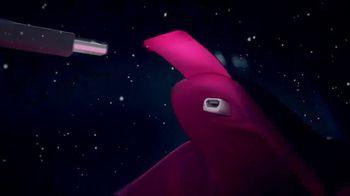 SKECHERS Luminators TV Spot, '2018 Holidays: Light Up Your Holidays' - Thumbnail 7