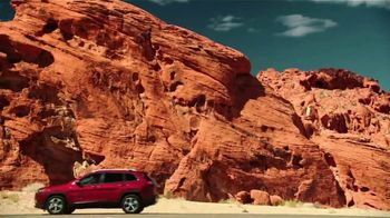 Jeep Big Finish Event TV Spot, 'Dreaming: Colorful Christmas' Song by OneRepublic [T1]