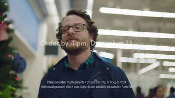 Walmart TV Spot, 'Last-Minute Shoppers' Song by the Bee Gees - Thumbnail 6
