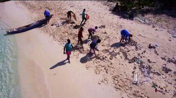 4ocean TV Spot, 'A Single Bracelet' - Thumbnail 5