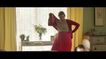 Downy Unstopables TV Spot, 'Frescura' canción de Black Box [Spanish] - Thumbnail 8