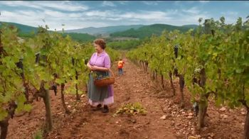Kayak TV Spot, 'Vineyard' - Thumbnail 9