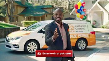 Publishers Clearing House Forever Prize TV Spot, 'Win Forever' Featuring Wayne Brady - Thumbnail 4