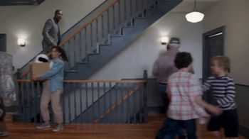 Allstate TV Spot, 'On the Move' Featuring Dennis Haysbert - Thumbnail 6