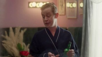 Google Assistant TV Spot, 'Home Alone Again: Aftershave' Featuring Macaulay Culkin, Song by The Drifters - Thumbnail 8