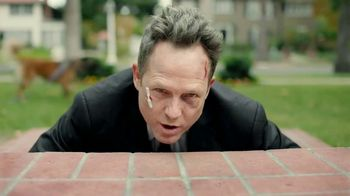 Allstate TV Spot, 'Mayhem: Overly Confident Dog Walker' Featuring Dean Winters - Thumbnail 9