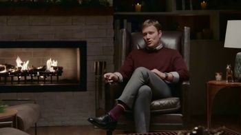 2019 Buick Enclave TV Spot, 'Holiday Shopping Tips: Tailgate' Song by Matt and Kim [T2] - Thumbnail 2