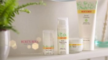 Burt's Bees Sensitive Skin Care TV Spot, 'Radiance' - Thumbnail 9