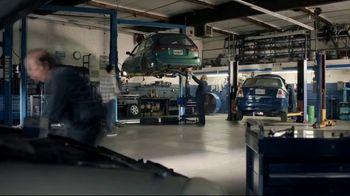 AT&T Wireless TV Spot, 'OK: Mechanic' - Thumbnail 1
