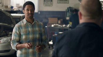 AT&T Wireless TV Spot, 'OK: Mechanic' - Thumbnail 5