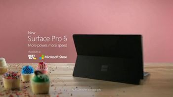 Microsoft Surface Pro 6 TV Spot, 'Sweat, Dedication & Cupcakes' Ft. Brian Orakpo, Michael Griffin - Thumbnail 10