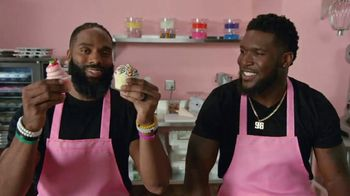 Microsoft Surface Pro 6 TV Spot, 'Sweat, Dedication & Cupcakes' Ft. Brian Orakpo, Michael Griffin - Thumbnail 3