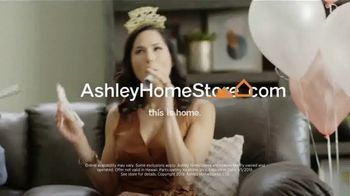 Ashley HomeStore New Year's Sale TV Spot, 'Sofa, Island and Bed' Song by Midnight Riot - Thumbnail 10