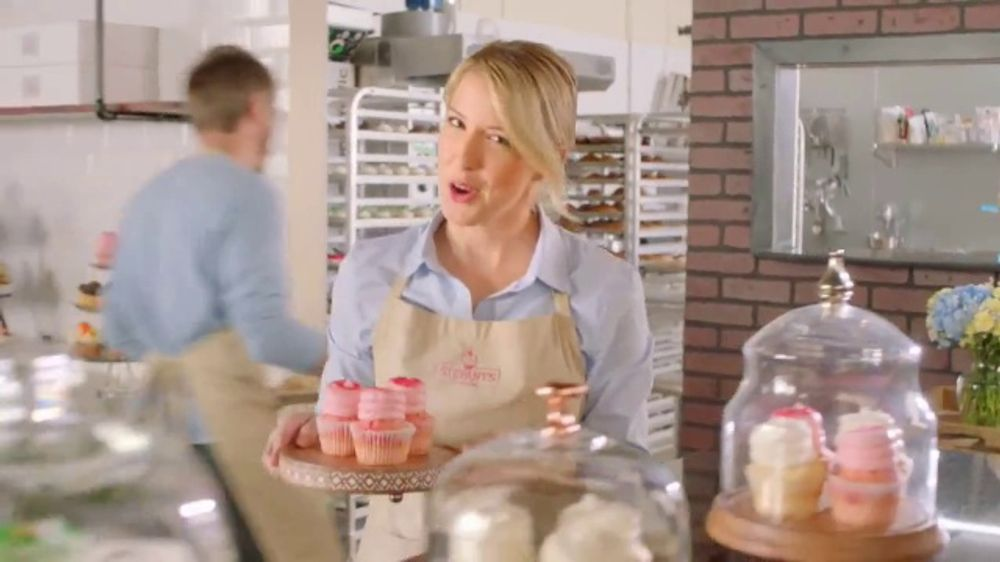 Aspercreme TV Commercial, 'Cupakes'