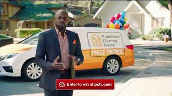 Publishers Clearing House Forever Prize TV Spot, 'Knock Knock' Featuring Wayne Brady - Thumbnail 4