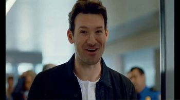 SKECHERS Slip-On TV Spot, 'Security Screening' Featuring Tony Romo - Thumbnail 4