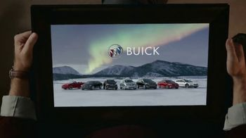 2019 Buick Envision TV Spot, 'Holiday Shopping Tips: Picture Yourself in a New Buick' Song by Matt and Kim [T2] - Thumbnail 4