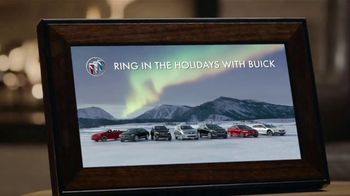 2019 Buick Envision TV Spot, 'Holiday Shopping Tips: Picture Yourself in a New Buick' Song by Matt and Kim [T2] - Thumbnail 7