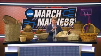 AT&T Wireless TV Spot, 'NCAA March Madness: Baskets' - Thumbnail 4