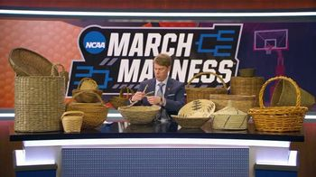 AT&T Wireless TV Spot, 'NCAA March Madness: Baskets' - Thumbnail 6