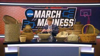 AT&T Wireless TV Spot, 'NCAA March Madness: Baskets' - Thumbnail 8