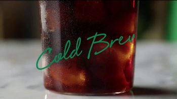 Starbucks Cold Foam Cold Brew TV Spot, 'Velvet' Song by Nicky Davey - Thumbnail 4
