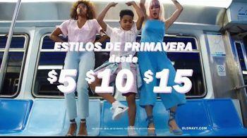Old Navy TV Spot, 'Indetenibles estilos de primavera para la familia' [Spanish] - Thumbnail 5