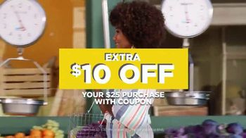 JCPenney Spring Collection TV Spot, '$10 Coupon' - Thumbnail 7