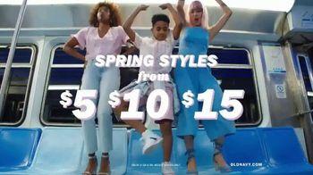 Old Navy TV Spot, 'Hi, Fashion: Spring Styles' - Thumbnail 5