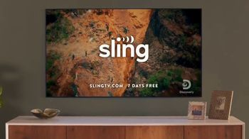Sling TV Spot, 'Statue: Discovery' Featuring Nick Offerman, Megan Mullally - Thumbnail 9