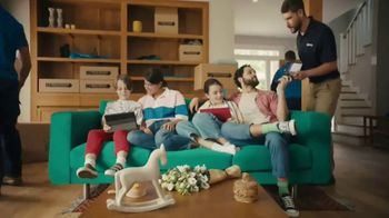 XFINITY Wi-Fi TV Spot, 'Moving Day' - Thumbnail 5
