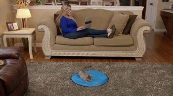 CatchMe Kitty TV Spot, 'Turn a Lazy Kitty Into a Crazy Kitty' - Thumbnail 5