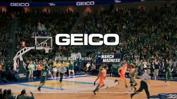 GEICO TV Spot, 'March Madness: Best Seats in the House' - Thumbnail 10
