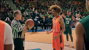 GEICO TV Spot, '2019 March Madness: Best Seats in the House' - Thumbnail 8