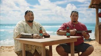 Kona Brewing Company Big Wave Golden Ale TV Spot, 'Little Vacation' - Thumbnail 3