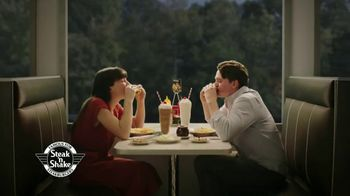 Steak 'n Shake 4-4-4 TV Spot, 'Double 'n Cheese Steakburger' - Thumbnail 7